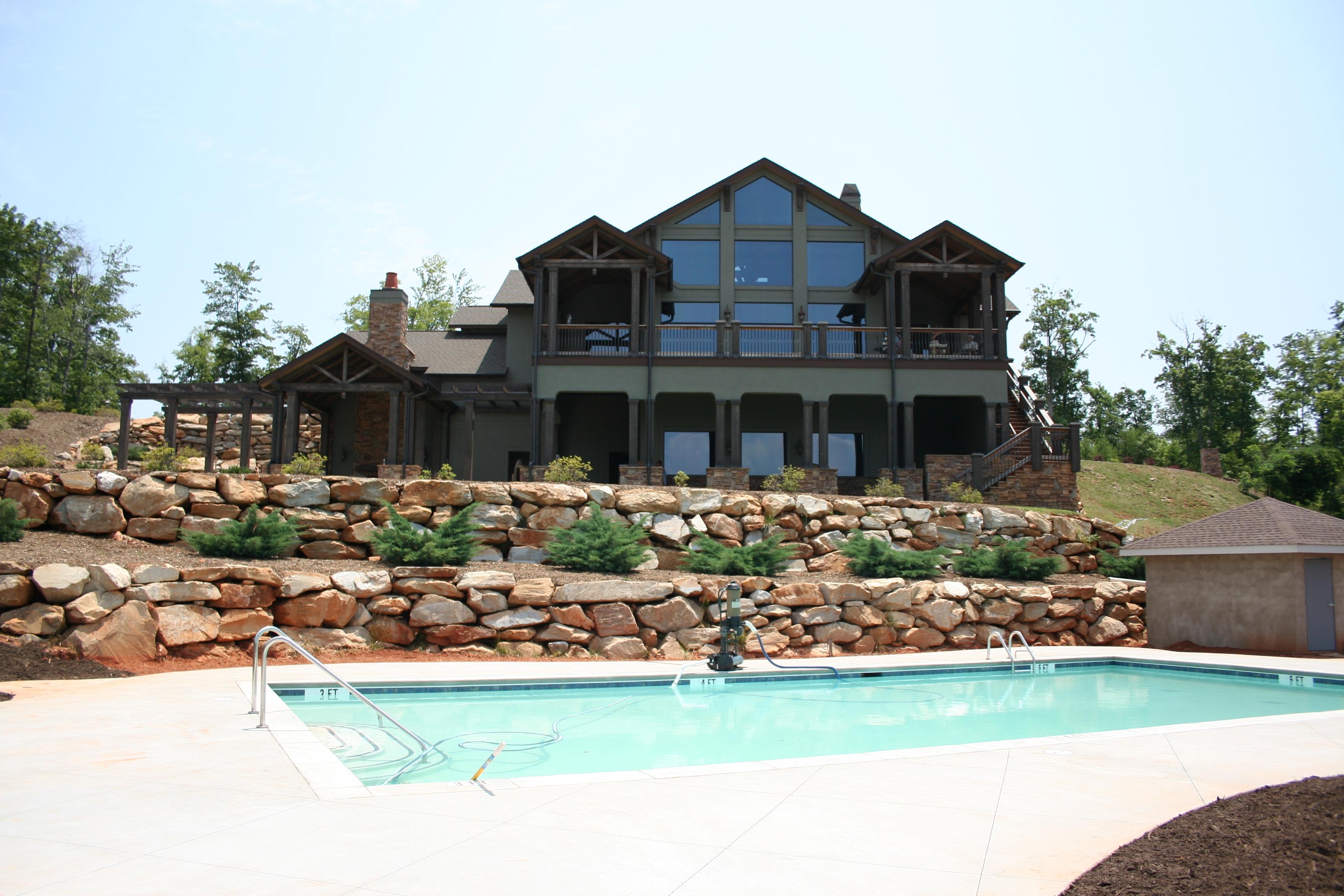 Bill's Mountain Outdoor Pool